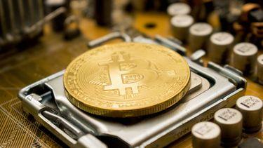 Bitcoin analyse header bitcoin mining