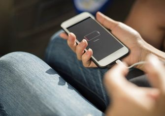 smartphone opladen