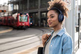 Black Friday headset