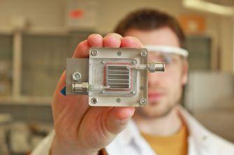 luchtzuivering en waterstof ontrekking apparaat