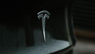 Tesla overstroming water boat mode
