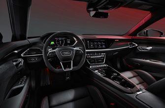 Audi E-tron GT Tesla concurent