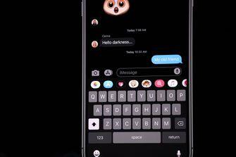 Apple iOS 13 Dark Mode WWDC19 blauw licht