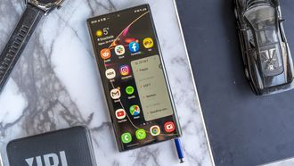 Samsung Galaxy Note 10 review S Pen in toestel