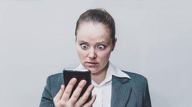smartphone geschrokken