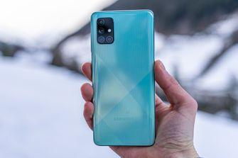 Samsung Galaxy A71 review design