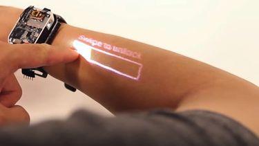 smartwatch arm als touchscreen