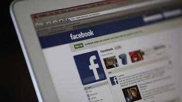 Facebook desktop laptop