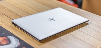 Dell XPS 15 review buitenkant