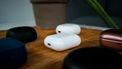 Apple AirPods 2 Earbuds