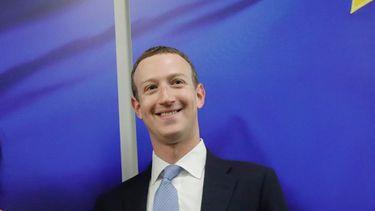 Mark Zuckerberg Apple Facebook