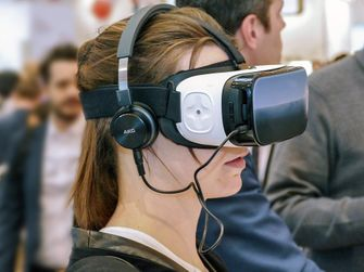 VR-bril in actie Virtual Reality Apple nextvr