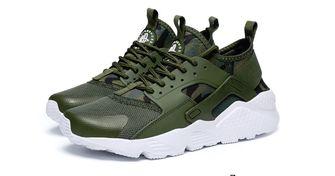 AliExpress sneakers