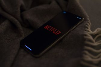 Netflix smartphone iOS Android