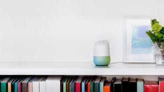 Google Home Siri speaker Apple